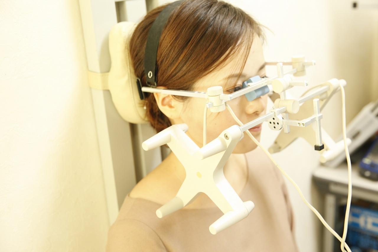 「シロナソアナライザー」による咬み合わせの健康診断